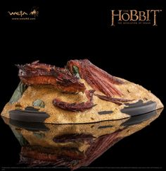 The Hobbit The Desolation of Smaug Statue Smaug King Under The Mountain 8 cm