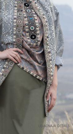 Кафтан из шелка ручной работы и блуза