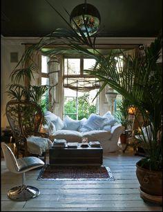 Boho Essentials: Peacock chair | L' Essenziale Home Designs