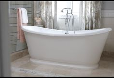 Sarah Richardson Design - Sarah 101 - Classic Ensuite