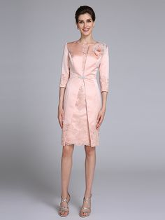 2017 Lanting Bride® Sheath / Column Mother of the Bride Dress Knee-length 3/4 Length Sleeve Satin with Appliques - CAD $150.11