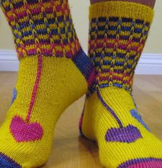 Ravelry: Hippie Heart Socks pattern by Cynthia Levy Knitting Socks, Hand Knitting, Knit Socks, Crochet Yarn, Crochet Hooks, Mosaic Knitting, Stitch Patterns, Knitting Patterns, Funky Socks