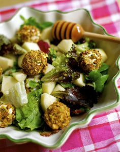 Salad with Pear an Pistachio Crusted Goat Cheese