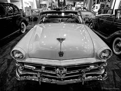 https://flic.kr/p/u3jDWT | 1954 Ford Sunliner | 1954 Ford Sunliner