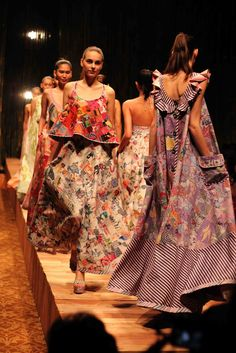 Batik Indonesia by Edward Hutabarat
