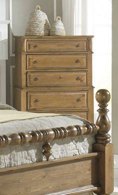Surrey Bay Traditional Dune Wood MDF Chest