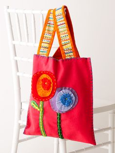 Simple Felt Tote Bag This funky floral tote is as fashionable as it is functional. Bright pink, orange, and blue make this beginner purse perfect for spring or summer. Swap in brown and dark green for a fall-to-winter look.