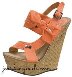 Okay - these are DARLING! Just bought them! Don't forget to check out our BLACK BOW WEDGES! The platform is 2 inches and the heel is 6 inches. Wedge Sandals, Wedge Shoes, Shoes Heels, Crazy Shoes, New Shoes, Cute Shoes, Me Too Shoes, Sexy Heels, High Heels