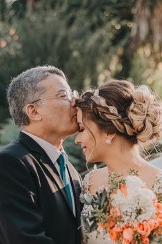 Father Of The Bride, Father Daughter, Dream Wedding, Wedding Day, Informal Weddings, Christian Relationships, Foto Pose, Elegant Hairstyles, Wedding Photos