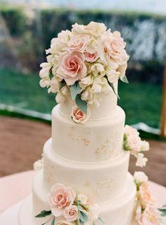 wedding cake ideas; photo: Charlotte Jenks Lewis