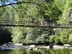 Places to See in North Georgia: The Toccoa River Swinging Bridge