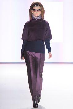 Carolina Herrera Fall 2012 Ready-to-Wear Fashion Show - Valerija Kelava