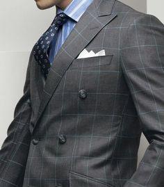 Shirt and Tie Combination. www.designerclothingfans.com