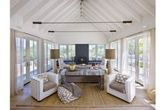 Support beams. Wine Country Living   California Home + Design