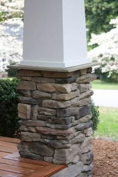 Craftsman Porch Columns~if only i had a front porch :) LOVE craftsman style! Craftsman Style Porch, Craftsman Exterior, Craftsman Bungalows, Craftsman Columns, Craftsman Homes, House With Porch, House Front, Stone Front House, Diy Balkon