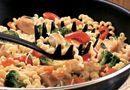 Curly Pasta & Chicken Toss - The Pampered Chef®
