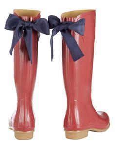 Rain contingency plan. Red version. http://www.joules.com/en-GB/Womens-Wellies/Navy/M_EVEDON/ProductDetail.raction