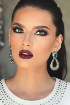 cool 48 beautiful make-up ideas for the night of dance - cool 48 beautiful make-up ideas . - cool 48 beautiful make-up ideas for the night of dance Wedding Makeup Tips, Prom Makeup, Wedding Hair And Makeup, Eye Makeup, Makeup Brushes, Bridal Makeup For Green Eyes, Makeup Primer, Makeup Looks Green Eyes, Makeup Blue Eyes