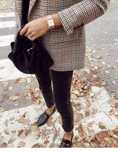 Plaid blazer and vintage accessories | Inspiring Ladies