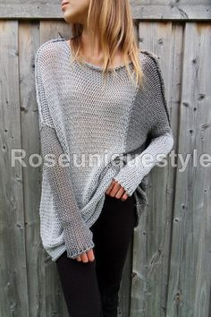 Roseuniquestyle Oversized / Slouchy sweater. Chunky loose