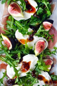 Summery Salads That Prove Eating Healthy Can Be Delicious Fig, Prosciutto, and Burrata Cheese Salad 14 salads that prove eating healthy can be delicious!Fig, Prosciutto, and Burrata Cheese Salad 14 salads that prove eating healthy can be delicious! Burrata Cheese, Cheese Salad, Burrata Salad, Fig Salad, Goat Cheese, Spinach Salad, Arugula Salad Recipes, Vegetarian Recipes, Sauces