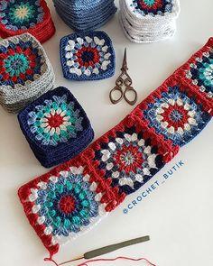 Photo by crochet_butik on November Fotoğraf açıklaması yok. Crochet Potholder Patterns, Granny Square Crochet Pattern, Crochet Squares, Crochet Granny, Crochet Motif, Crochet Stitches, Crochet Coat, Crochet Jacket, Granny Square Häkelanleitung