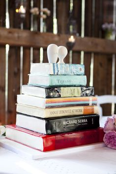 Is that a wedding cake or a stack of books? Actually, it's a wedding cake that looks like a delicious stack of books.