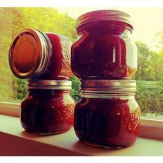 """""""Although apple rhubarb jam may sound weird, it is amazingly delicious! You can substitute strawberries for the apples to make strawberry rhubarb jam.""""In a large saucepan mix together the rhubarb, … Chutneys, Rhubarb Jam Recipes, Rhubarb Ideas, Cooking Rhubarb, Strawberry Rhubarb Jam, Rhubarb Rhubarb, Apple Jam, Jelly Recipes, Plum Recipes"""