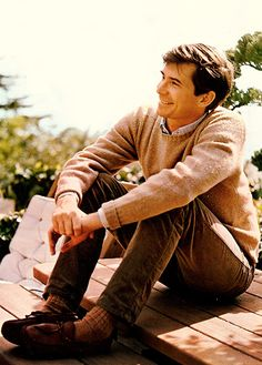 How to Wear Brown Jeans For Men looks & outfits) Jean Shirt Dress, Ivy Look, Ivy League Style, Preppy Mens Fashion, Men's Fashion, Ivy Style, Men's Style, Anthony Perkins, Nostalgia