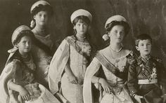 Romanov family Tsar Nicholas II Anastasia I've always been fascinated by the story of the Romanovs, which began with a family living in opulence, and ended with brutal murders. Nicholas Romanov, Tsar Nicholas II, was the supreme ruler of the. Anastasia Romanov, Tatiana Romanov, Tsar Nicolas Ii, Tsar Nicholas, Zar Nikolaus Ii, Princesa Anastasia, Ballet Russe, House Of Romanov, Grand Duchess Olga