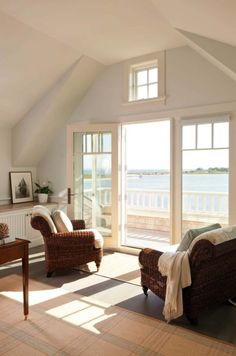 A dreamy seaside cottage in the village of Green Harbor