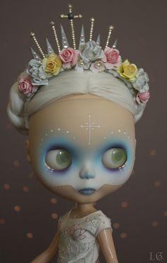 I. G. Sirenita Dia de los Meurtos Blythe doll custom. Well done!