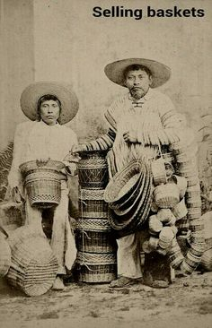 Mexican basketry From a scarce CDV album of mexican occupationals made by the studio Cruces y Campa in the (Cesteros).people working with Basket . # at work Basket Mexican Heritage, Mexican Style, Mexican Folk Art, Mexican Crafts, Mexican Artists, Vintage Photographs, Vintage Photos, Mexican Revolution, Mexico Culture