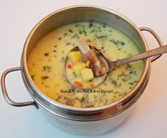Romanian Food, Cheeseburger Chowder, Bacon, Food And Drink, Cooking, Recipes, Soups, Cakes, Mariana