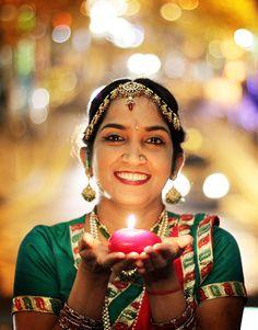 Let your inner light shine! Dancer Aprana Shukla takes part in Dublin city's 2012 Diwali Festival of Lights Celebration Diwali Festival Of Lights, Dublin City, Inside Job, British Boys, 5 Year Olds, Divine Feminine, Old Boys, Upcoming Events, Every Woman