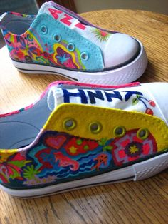 Dilleys hand-painted shoes - etsy