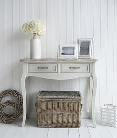 Bridgeport grey console table for country cottage living rooms and hallways Gray Console Table, Console Table Living Room, Small Console Tables, Hall And Living Room, Living Rooms, Hallway Furniture, Living Room Furniture, Grey Furniture, Hallway Sideboard