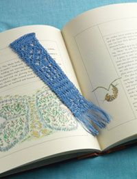 Knit a Lace Bookmark Lace Knitting Patterns, Lace Patterns, Loom Knitting, Free Knitting, Summer Knitting Projects, Knit Or Crochet, Fabric Scraps, Needlework, Cotton Thread