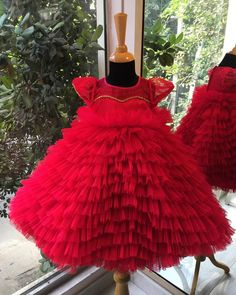 Razzle ma dazzle a frilly gown for that special day . Baby Girl Dresses Diy, Little Girl Pageant Dresses, Baby Girl Frocks, Frocks For Girls, Girls Dresses, Princess Frocks, Princess Tutu Dresses, Princes Dress, Kids Frocks Design