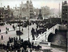 Crowds on O'Connell Street, Dublin, in the days after the Easter Rising of Ireland 1916, Dublin Ireland, Irish Independence, Easter Rising, Michael Collins, Irish Culture, Ireland Homes, Dublin City, History Projects