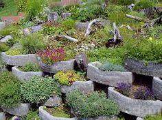 Výsledek obrázku pro zahrada ve svahu kniha