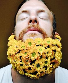 Sebastian from San Francisco embracing the flower beard trend - ❤️ beardrevered.com