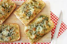 Homemade knoflook-kaasbrood