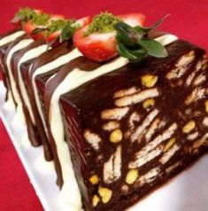 Easy Mosaic Cake with Biscuits , Pizza Recipes, Cake Recipes, Easy Mosaic, Sweet Recipes, Waffles, Biscuits, Pudding, Breakfast, Desserts