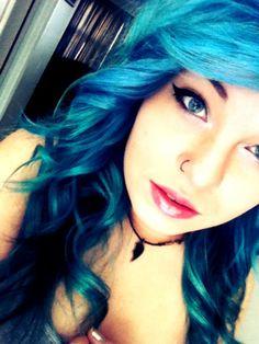 light to dark blue ombre hair