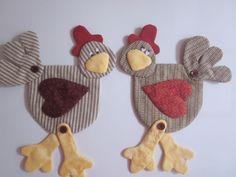 Buenos días a todas, todas, todas.   Como ya es sabido por todas las que me siguen soy una enamorada de las gallinas....... gallina que...