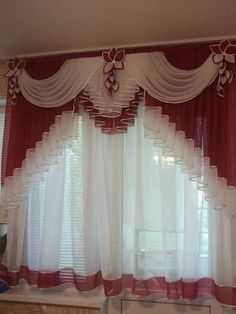 Não são meus, achei na net, créditos na foto Cute Curtains, Curtains And Draperies, No Sew Curtains, Elegant Curtains, Beautiful Curtains, Modern Curtains, Valances, Rideaux Design, Drapery Designs