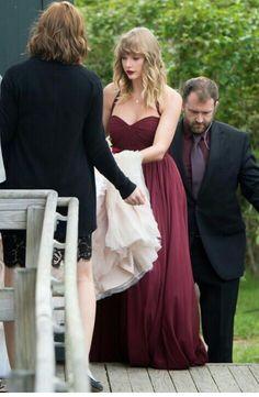 TAYLOR SWIFT at Abagail's wedding