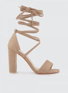 c7953876390 29 κορυφαίες εικόνες με shoes | Ladies shoes, Stylish και Wide fit ...