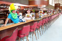 pic of the world's longest bar in put in bay, ohio